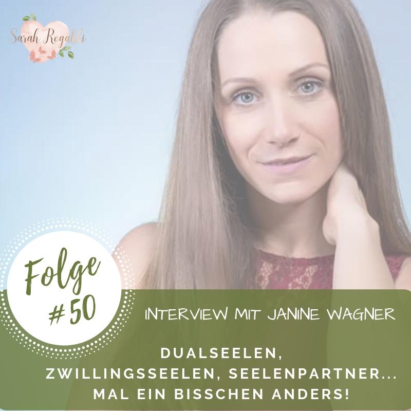Hast du schon mal etwas von Dualseelen, Zwillingsseelen oder Seelenpartner gehört? Dies ist eine Nische, in welcher es viele Übereinstimmungen gibt, aber durch eigene Erfahrung, durch das Ego gefiltert, wurde die eigentliche Botschaft und Bedeutung dahinter immer mehr verschlüsselt. In dieser Podcast-Folge durfte ich die wundervolle Janine Wagner interviewen. Sie ist Soul Therapist, Medium, Coach und macht Spirit Healing & Bewusstseinsarbeit. Mit ihr habe ich ein sehr ehrliches und tiefes Gespräch über das Thema der Seelenpartner gesprochen. Tauche ein und lasse dich inspirieren!